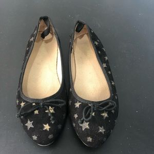 Old navy pointy flats kids size 2Y